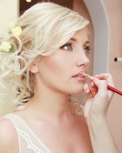 bridal-make-up-revive beauty-salon-hale