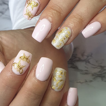 Professional gel nails, manicures & pedicures at top Altrincham nail bar